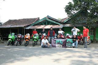 Tim touring NOC INDONESIA istirahat di Rangkas Bitung
