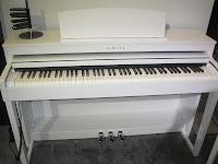 Yamaha Clavinova CLP440 digital piano