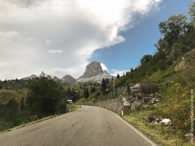 Carreteras montaña Italia viaje