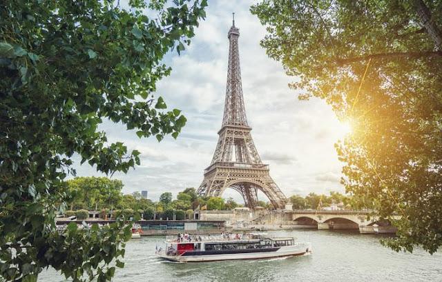 C'è un appartamento segreto nella Torre Eiffel