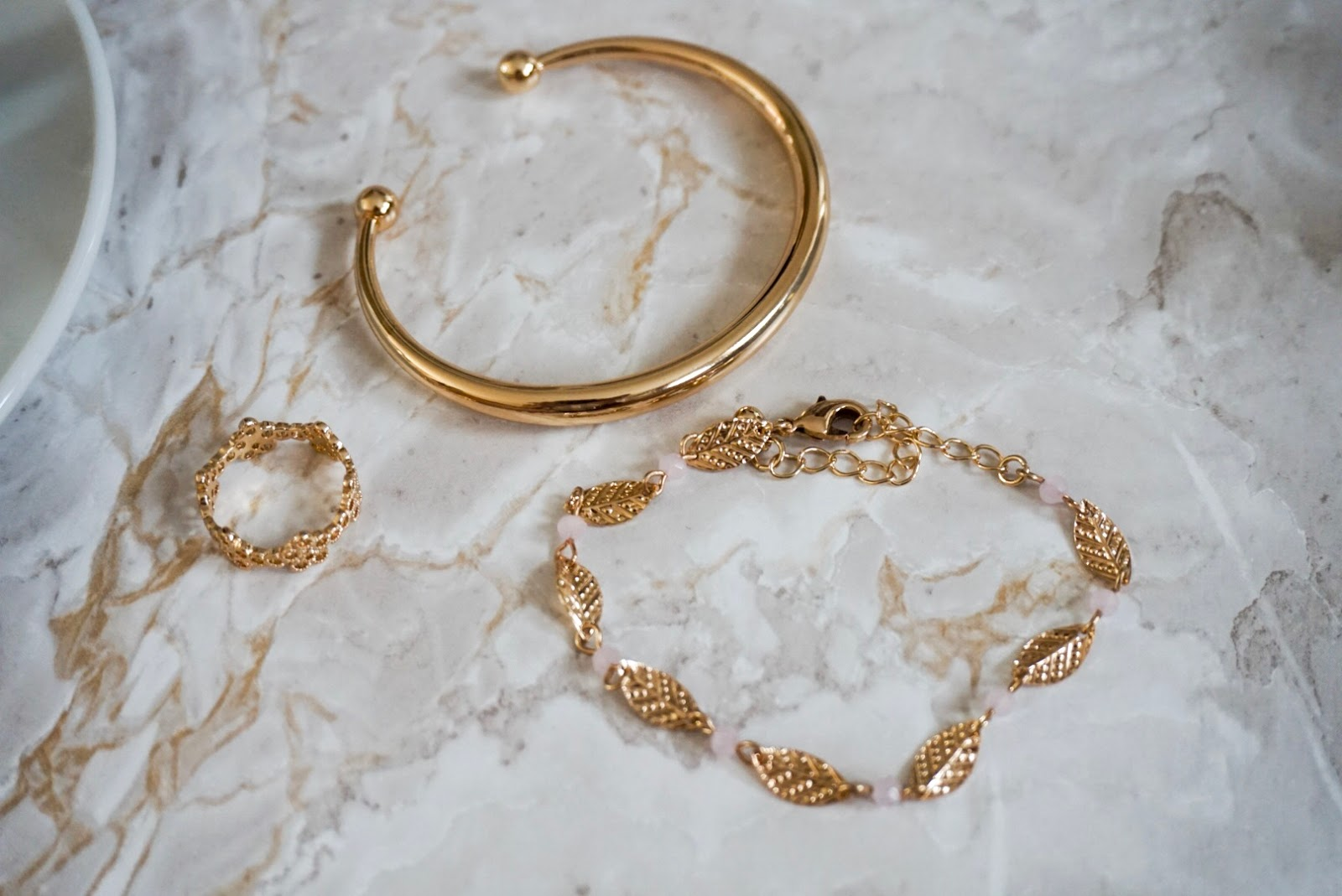 Fashion | Summer Jewellery - Going for Gold | Alicia á la mode