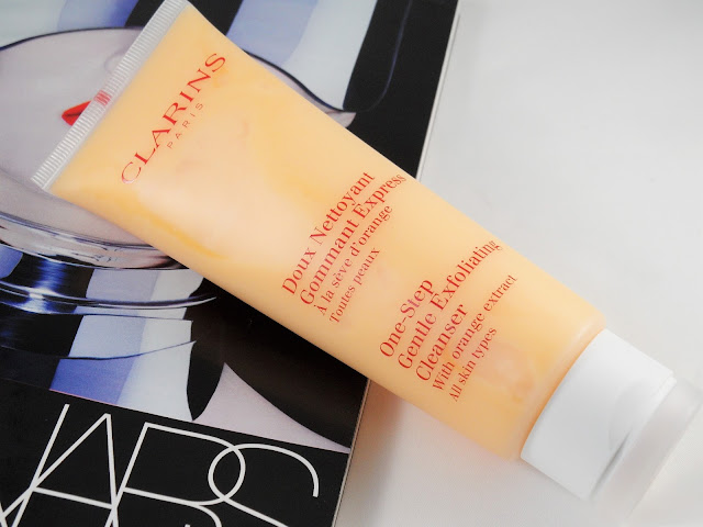 Clarins One Step Exfoliating Cleanser eyelinerflicks.com blog review