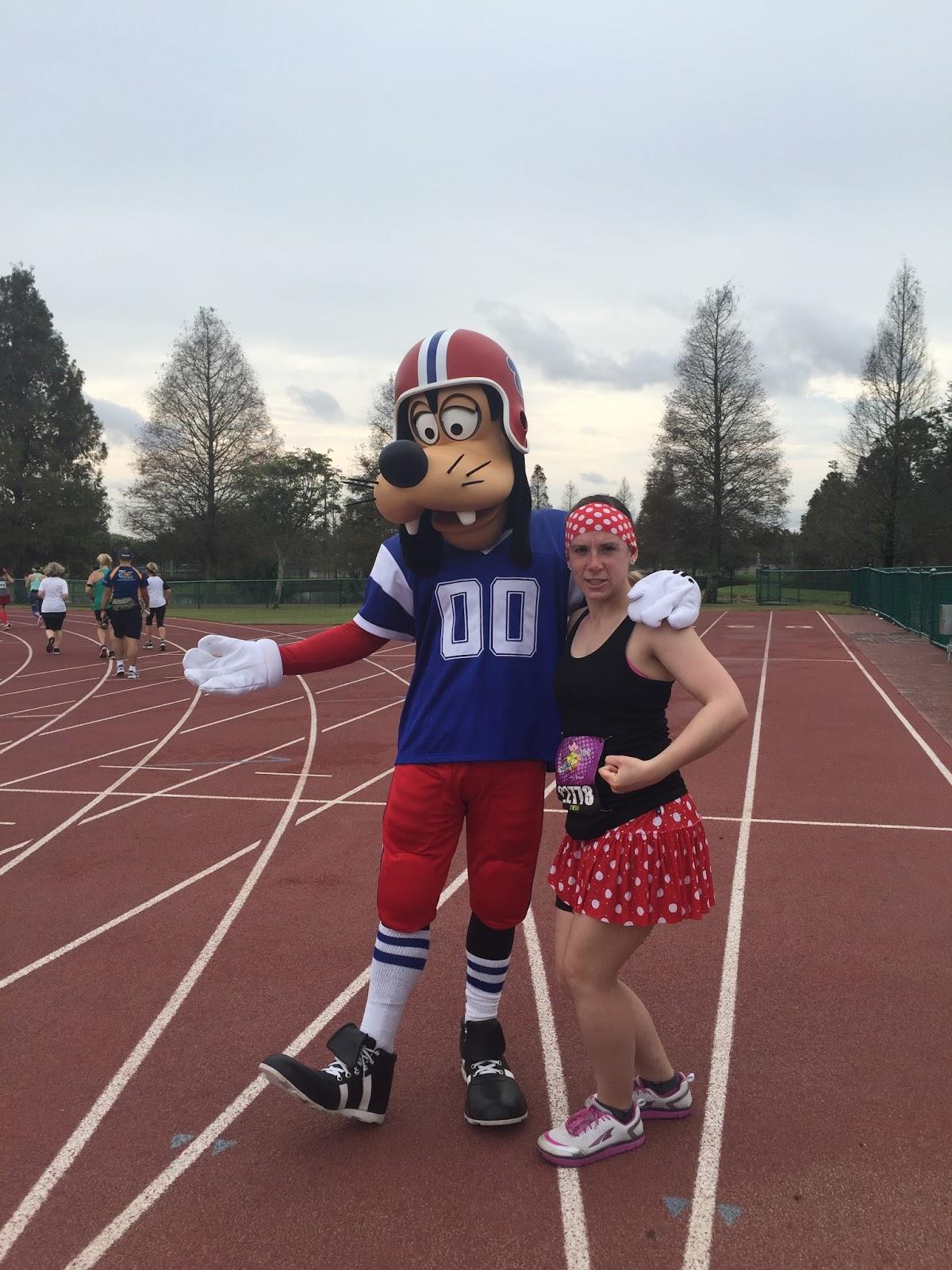 Dopey Challenge Mickey Marathon 2016 Football Goofy