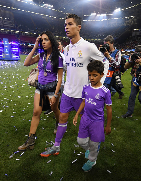 PHOTOS Cristiano Ronaldo : sa nouvelle petite amie, Niko