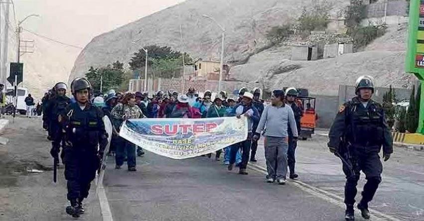 Docentes de Moquegua, Tacna y Puno anuncian paro de 24 horas para el 5 de abril