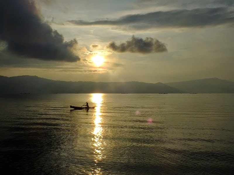 traditional fishermen in Lake Toba