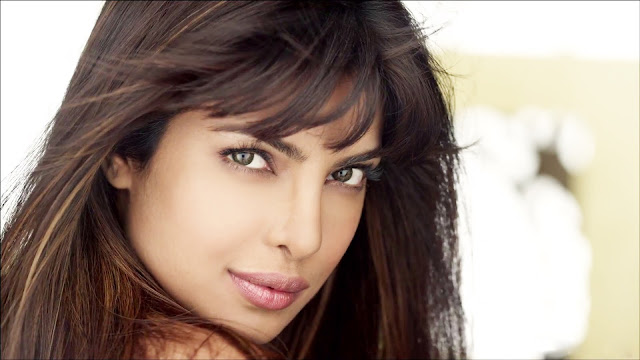 "Latest Outstanding HD Wallpapers of Cute ""Priyanka Chopra"""