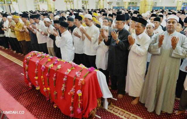 Cara Melaksanakan Shalat Jenazah Yang Benar Dalam Islam