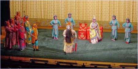 งิ้วปักกิ่ง (Beijing Opera)