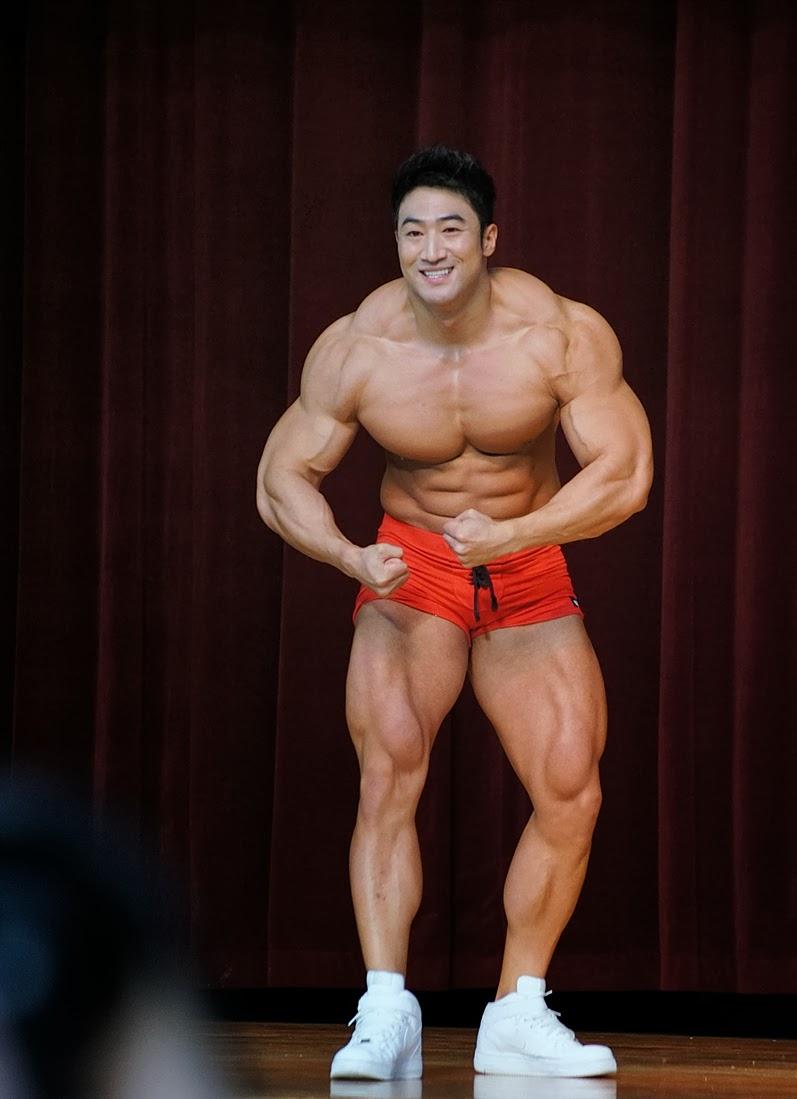[Image: Hwang+Chul+Soon+5.jpg]