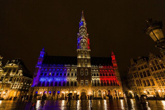 bruxelles , drapeau francais, novembre 2015, paris solidarité