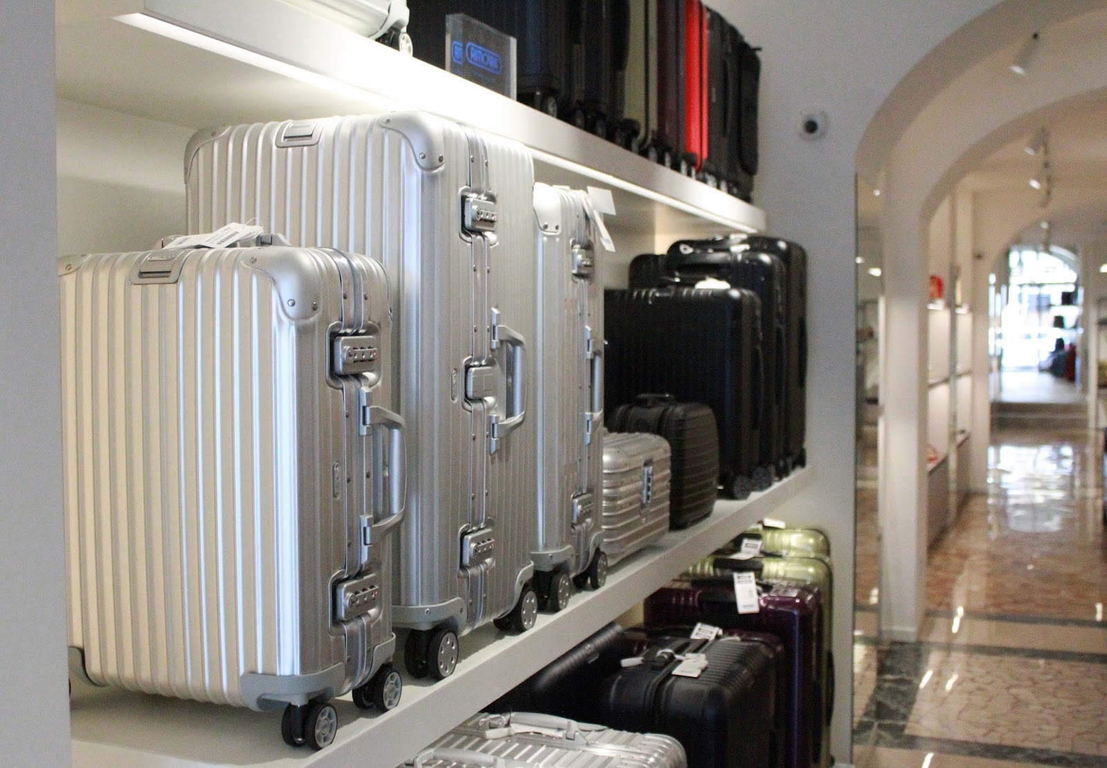 Eniwhere Fashion & Is@bag - Brescia - Rimowa