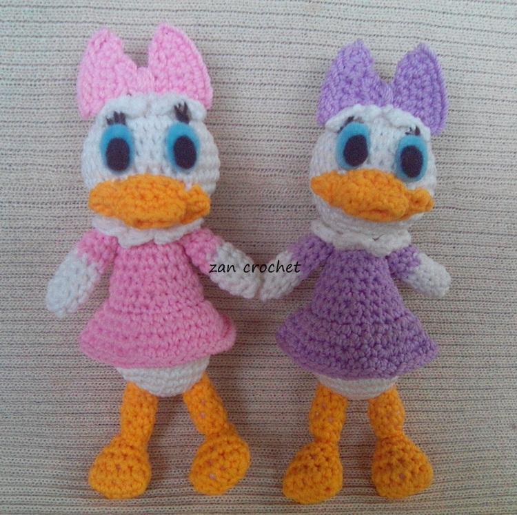 Amigurumi Finger Puppets Free Pattern : Daisy Duck - NL Translation ~ Zan Crochet