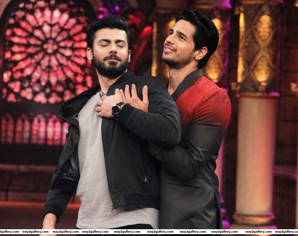 Sidharth Malhotra and Fawad Khans dostana on Comedy Nights Bachao was a sight to behold