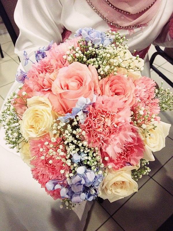 pink fresh flower bouquets fl ur. Black Bedroom Furniture Sets. Home Design Ideas