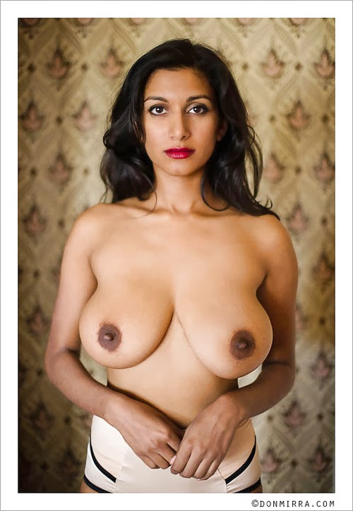Desi Aunty Big Boobs  Amateur Couch Fuck - Huge Natural Tits-4891