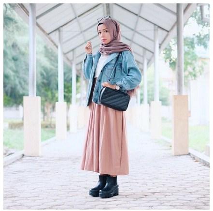 Bergaya Unik Saat Ke Kampus Dengn15 Style Hijab Modern Pinky Terkini