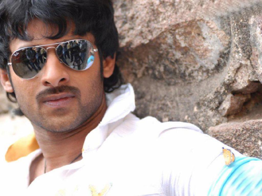 Young Rebel Star Prabhas Raju Wallpapers: Trololo Blogg: Wallpaper Raju