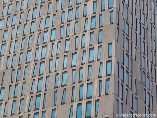 Ventanas irregulares en Rotterdam