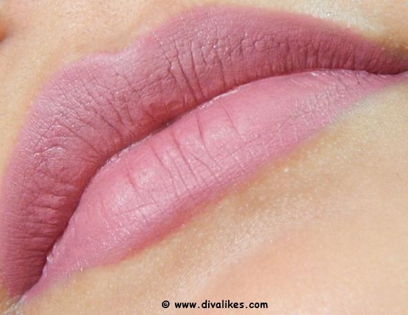 Chambor Extreme Wear Transferproof Liquid Lipstick 402 Lip Swatch