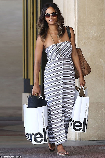 Halle Berry celebrity street style in a maxi dress, celebrity in a spring maxi dress, white black and gray dress on Halle Berry