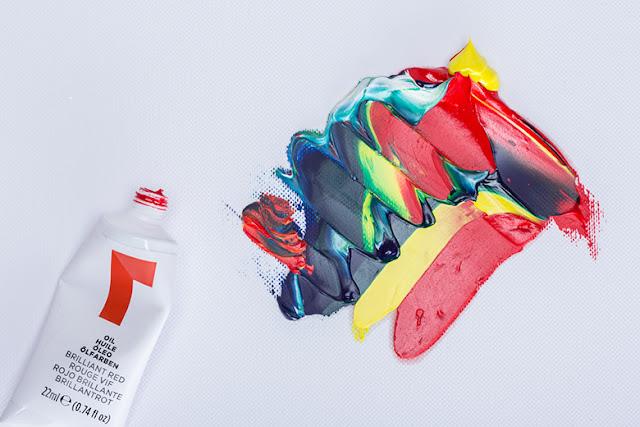 Reeves-nuevo-logotipo-identidad-de-marca-productos-artisticos