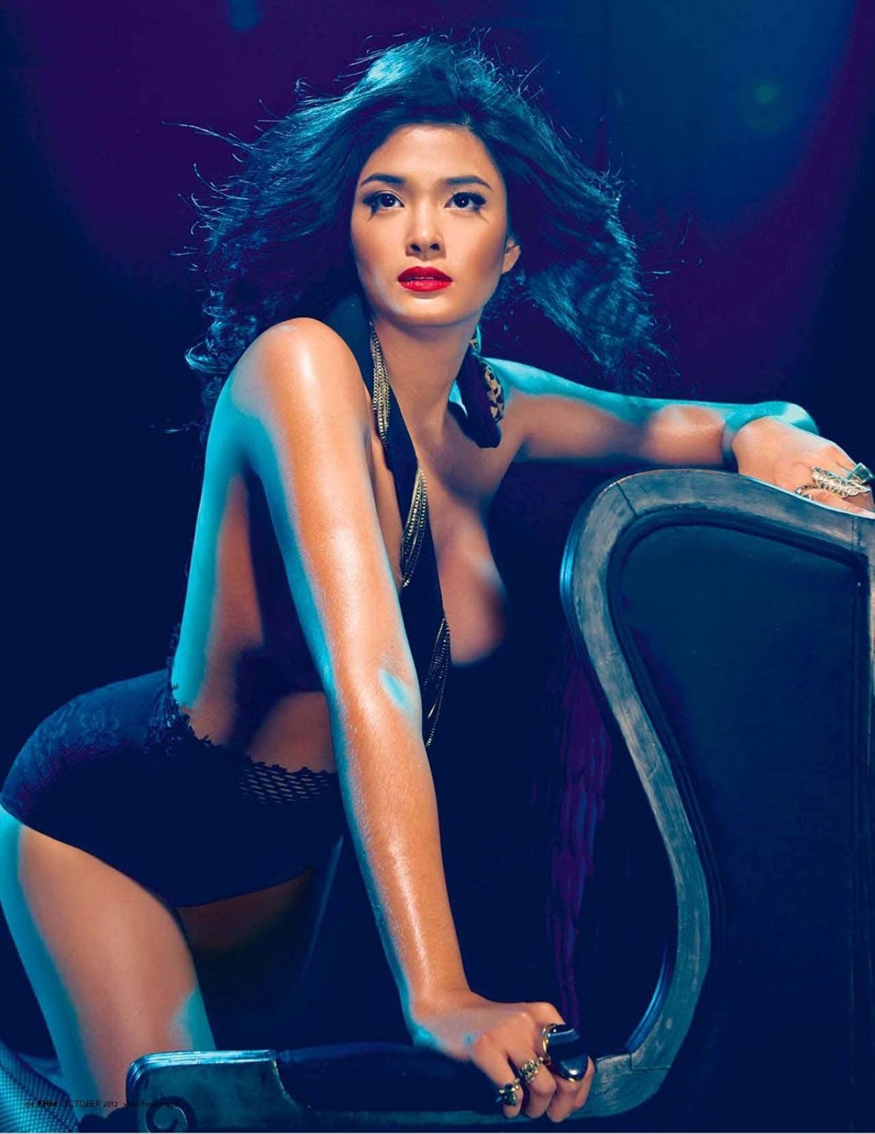 Sexy Filipina Actress In Erotic Nude Pictures 29