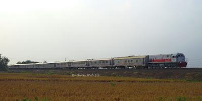 Gambar KA Ranggajati CC201