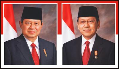 Gambar Presiden Susilo Bambang Yudhayana dan Wakil Presiden Boediono