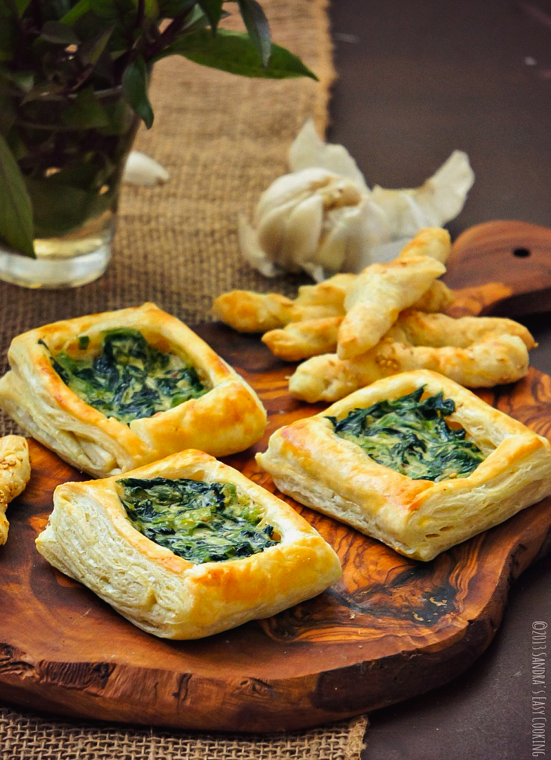 Starbucks copycat recipe for puff pastry with spinach and scallions in alfredo sauce
