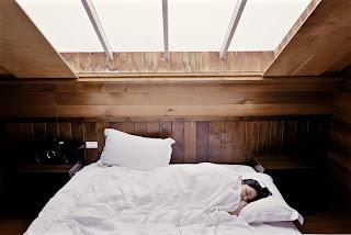 Tidur nyenyak agar tubuh kembali bugar