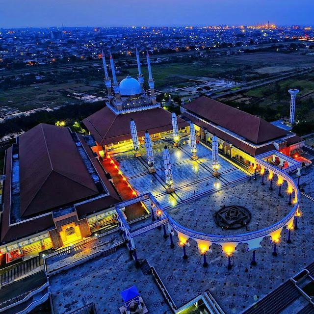 Potrait Masjid Agung Jawa Tengah