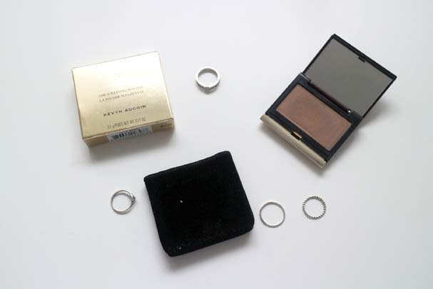 Kevyn Aucoin Sculpting Powder in Medium - Contour | The Beauty Is A Beast