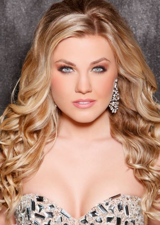 Paradise Valley Teen USA, Alexa Zellers was crowned Miss