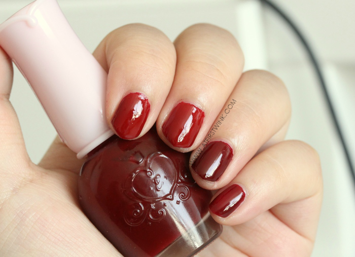 Etude House nail polish Minnie Red (left) and DRD301 Why Wine (right)