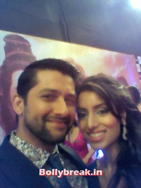 Arbaaz khan with Fiance Nin Dusanj, Bollywood Celebs Selfies from Star Screen Awards - Actresses & Actors