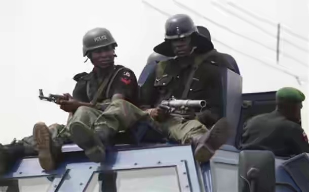 Police parades 15 suspected ritualists, armed robbers, cultists in Ibadan