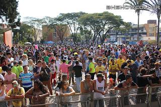 IMG 9796 - 13ª Parada do Orgulho LGBT Contagem reuniu milhares de pessoas