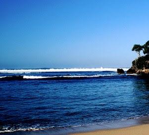 Pantai Balekembang-Pantai di Jawa Timur yang Belum Terjamah
