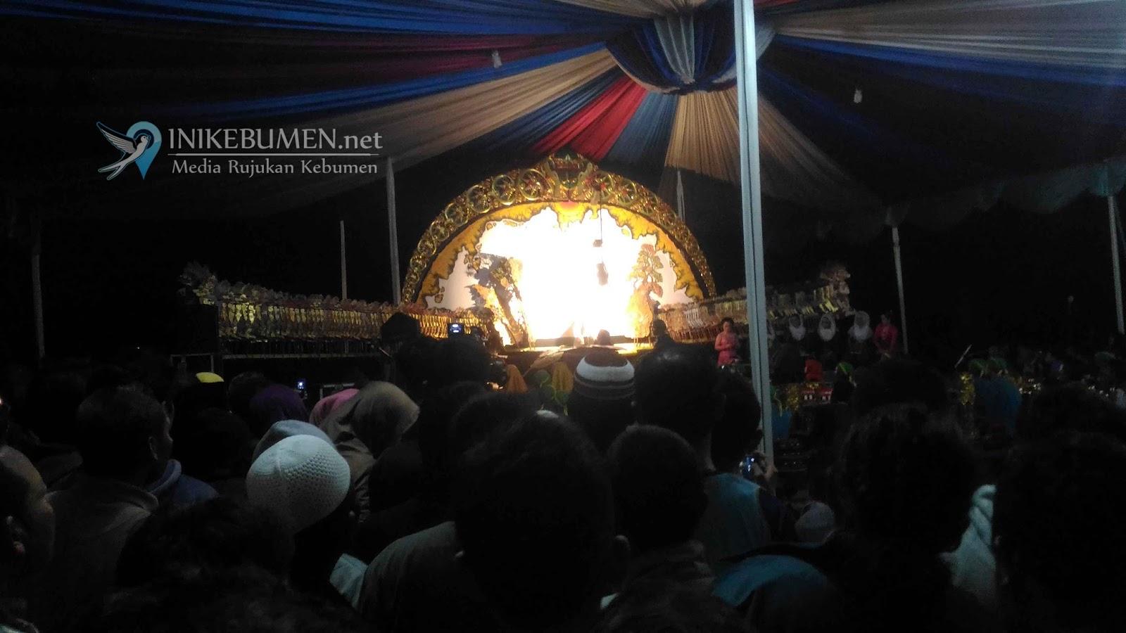 Grand Opening, Mexolie Hotel Kebumen Nanggap Dalang Entus