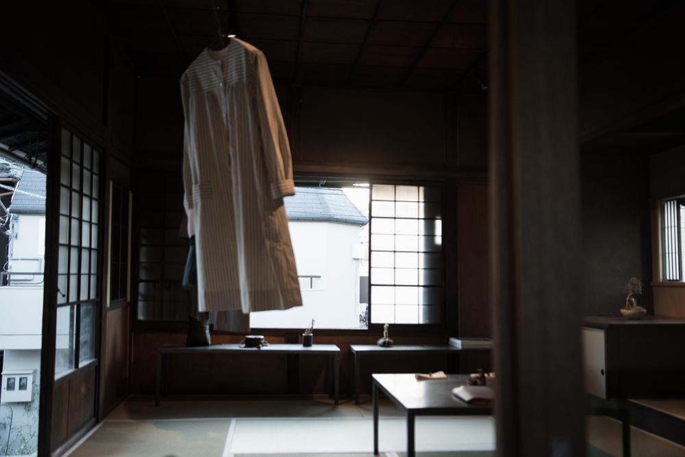 上野桜木あたり 2階