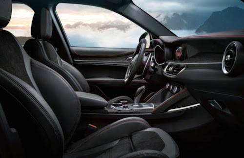 Alfa Romeo Stelvio QV Seats