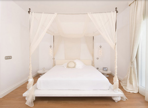 Dreamy and Romantic Full Draped Canopy Beds 14