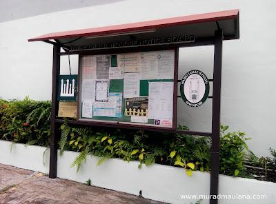 Papan Informasi Sisi Kiri  Masjid Jamae (Chulia)