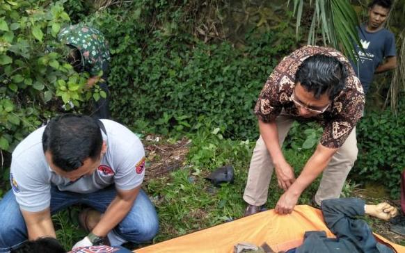 Mayat Tanpa Identitas Tergeletak di Tepi Jalan Tanggal-Batunadua Kota Padangsidimpuan