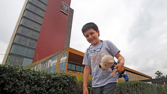 """""""Un poco aburrido"""": El """"niño genio"""" mexicano de doce años arranca sus estudios en la universidad"""