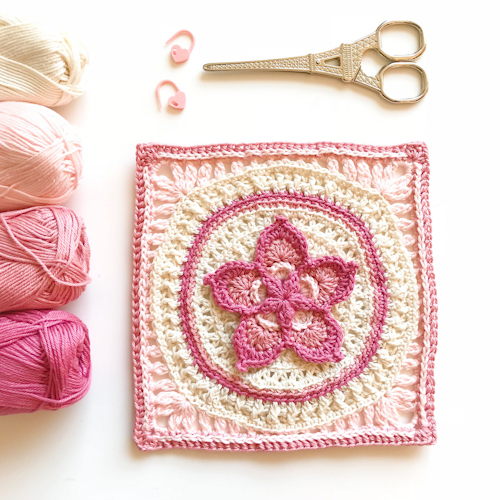 The Fab5Flower Square - Free Pattern