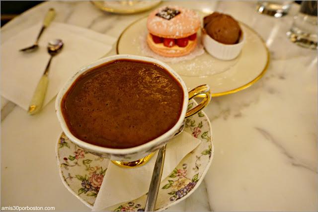 Merienda en la Chocolatería MarieBelle, Nueva York