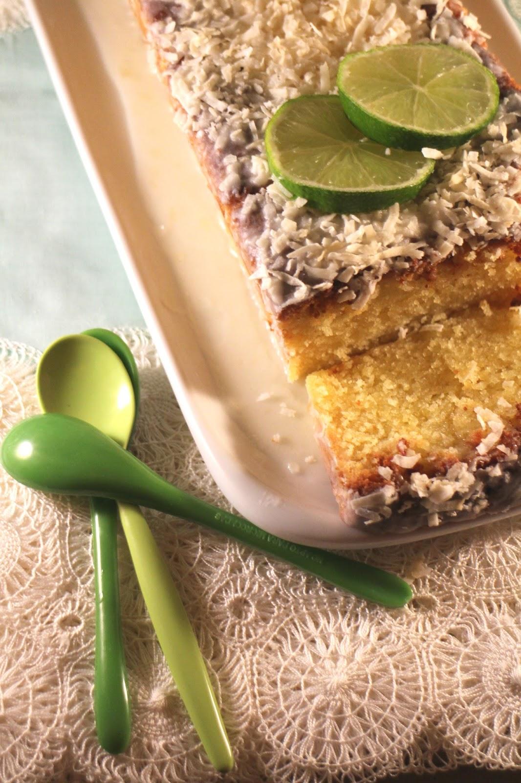 pound-cake-de-coco-y-lima, bizcocho-de-coco-y-lima, coconut-lime-cake
