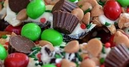 Christmas Bark Cookie Crunch Easy Christmas Desserts